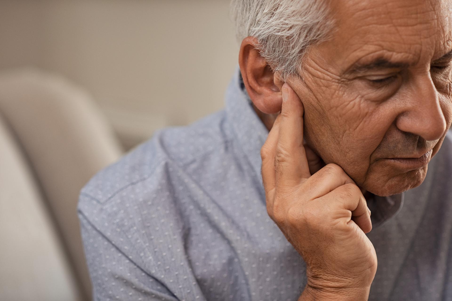 Enfermedad descompresiva de oído interno